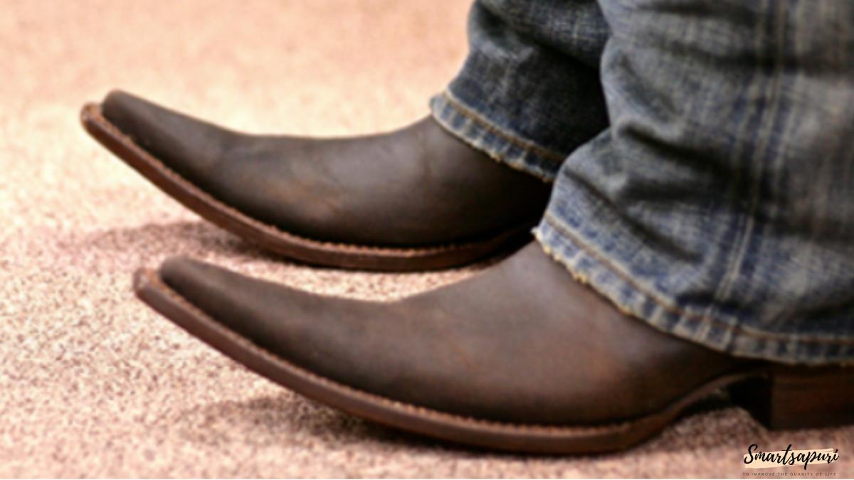 注意したいとんがり革靴